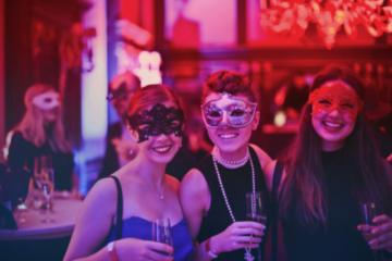 Sfaturi pentru organizarea unei petreceri corporate