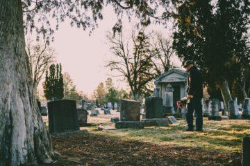 Cum sa alegi serviciu funerar potrivit